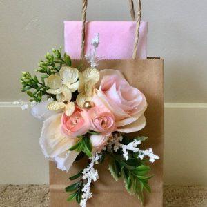 Gifting & Packing
